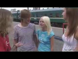 russkoe-studenti-v-lesu-porno